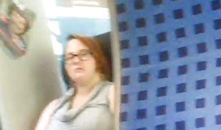 - تماشا شوهر در حمام فلم سکس دختر باکره